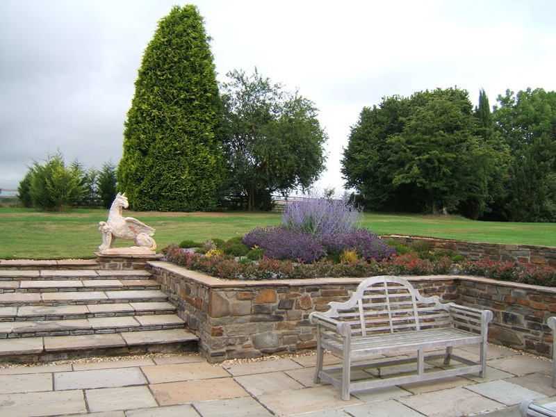 Seating and Lawn